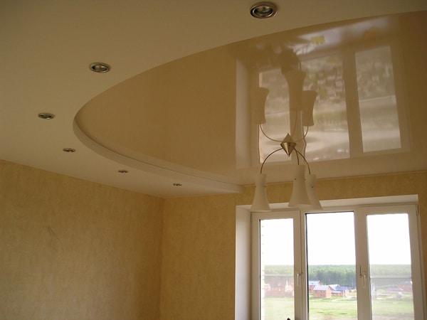 потолок натяжной в кухню